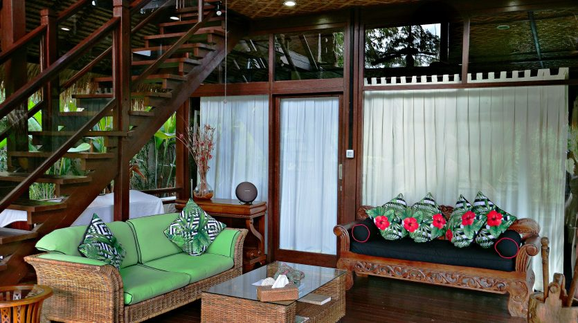 Freehold villa for sale with jungle view-Living area